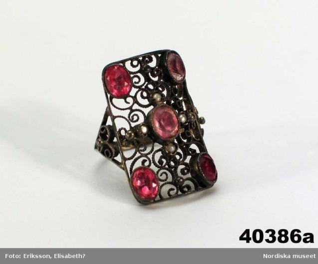 NM.0040386A-B_ring